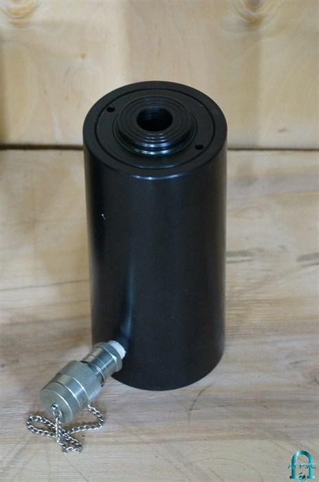 Домкрат гидравлический с полым штоком ДП50П75 - фото 282924